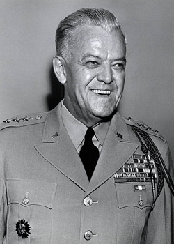 Bruce-as-Lt.-Gen-1954